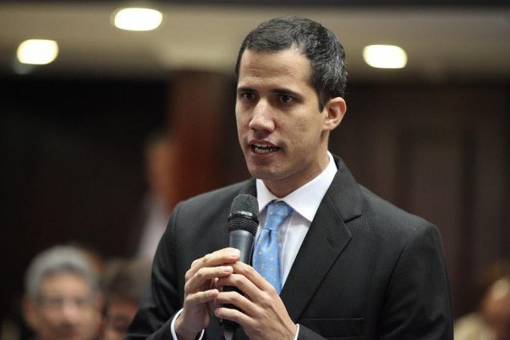 """Venezuela shouted that the American people """"could open up a new path of stability"""", and the opposition Guaidó lost power."""